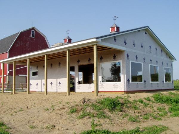 40 x 40 x 10 Farm Store - Custom Barn Construction Michigan - Burly