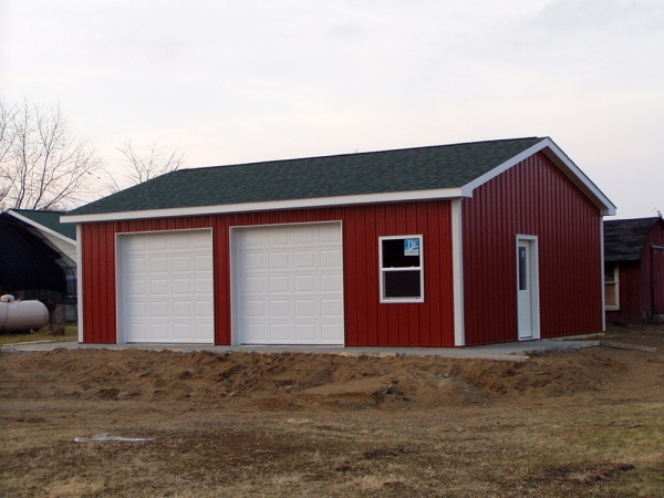 24 x 32 x 10 steel standard barn construction michigan for Pinckney garage door
