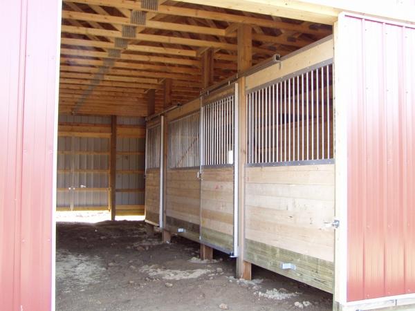 32 X 40 X 10 Horse Barn Stalls Michigan Equestrian